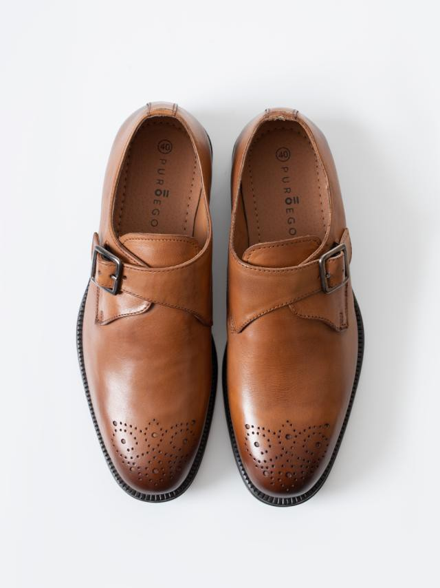 TOASTED-NUT LEATHER BLUCHERS