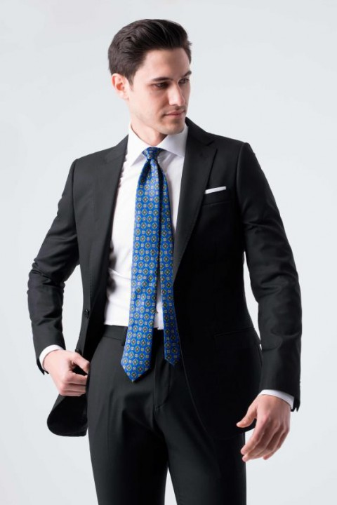 Traje slim fit liso negro