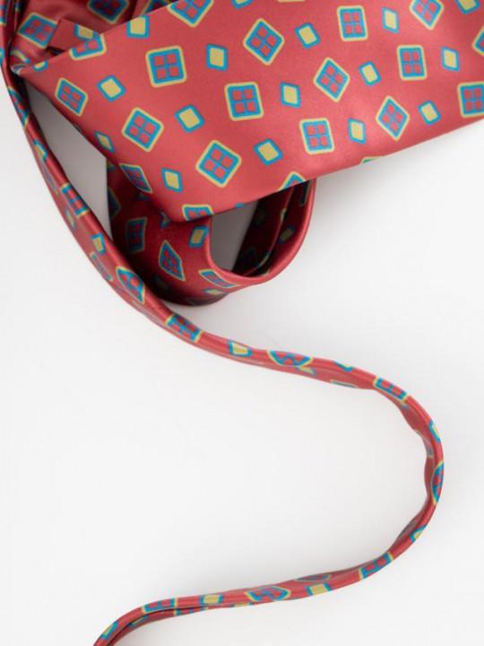 Corbata roja print geométrico