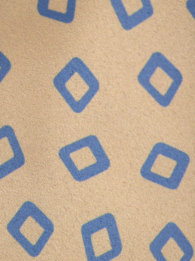 Beige Tie with geometric pattern design