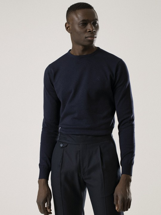 NAVY ROUND NECK SWEATER