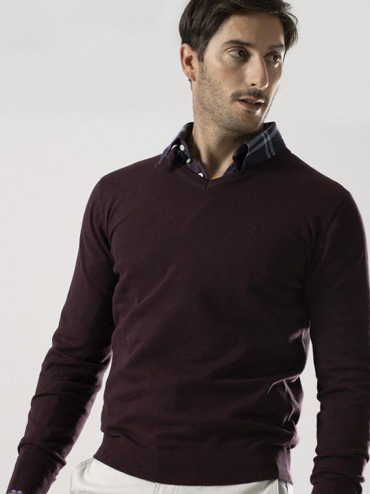 AUBERGINE V-NECK SWEATER