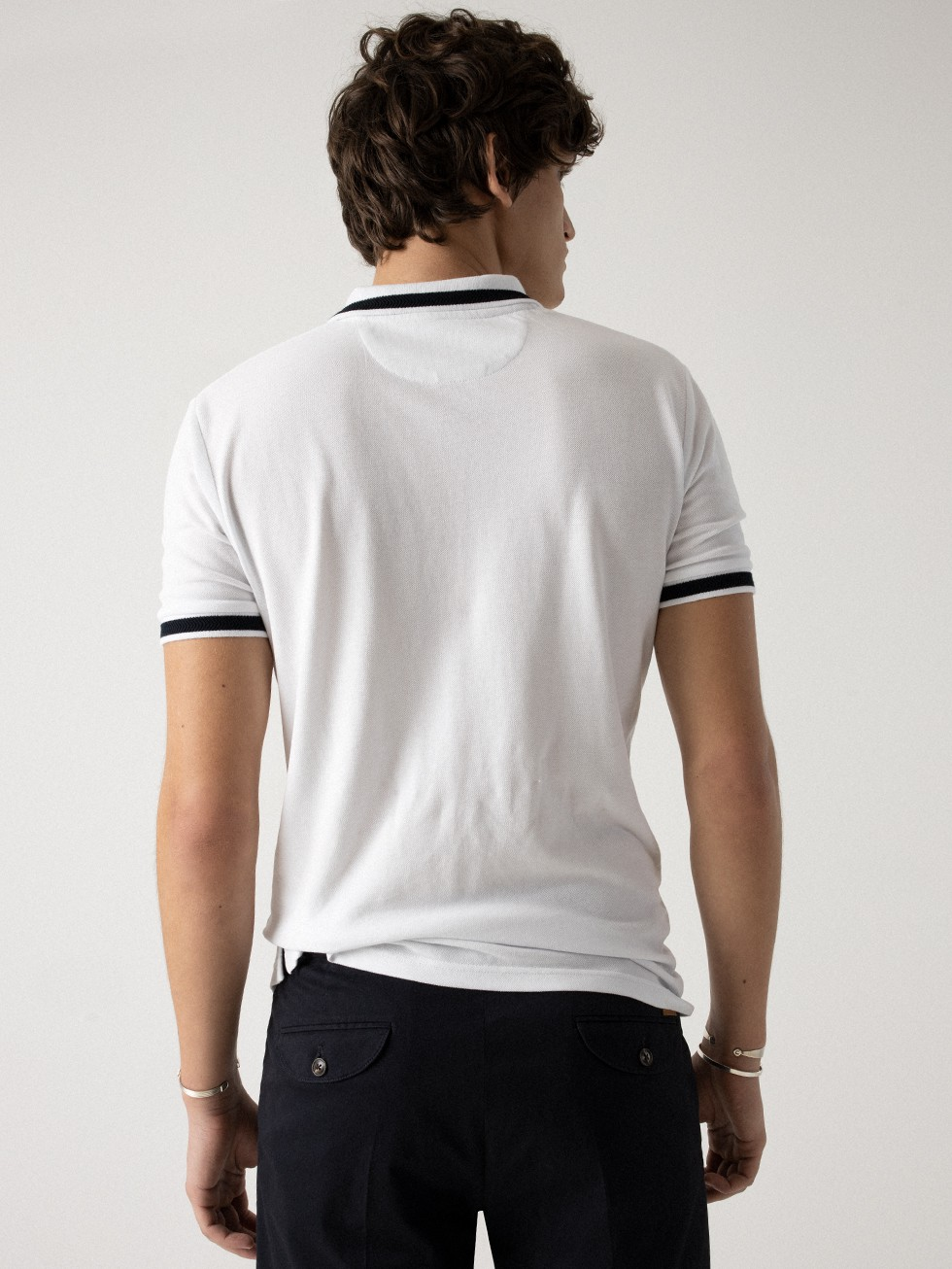 WHITE CONTRASTED POLO