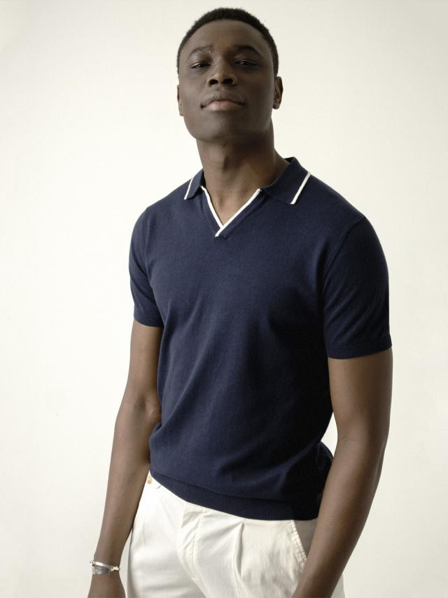 NAVY CONTRASTED KNIT POLO