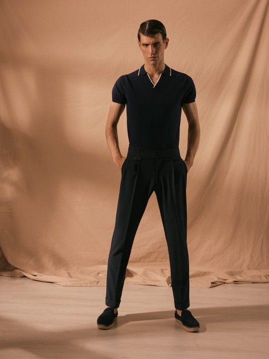 NON-IRON HIGH-WAISTBAND PLEATED NAVY TROUSERS