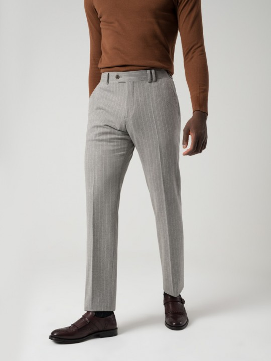 Pantalón tailored raya gris