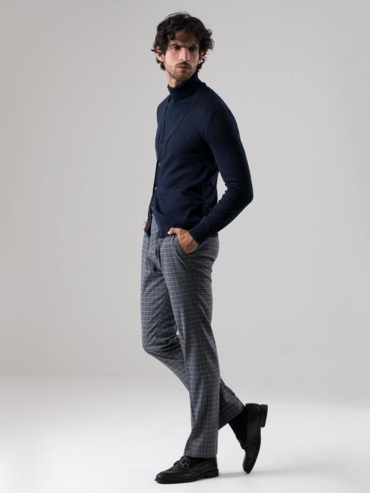 Pantalón tailored gris cuadro celeste