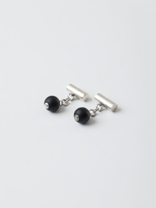 BLACK NATURAL STONE CUFFLINKS